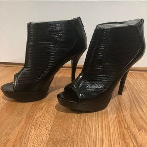 Carlos Santana: Rome Black Platforms Heels Shoes